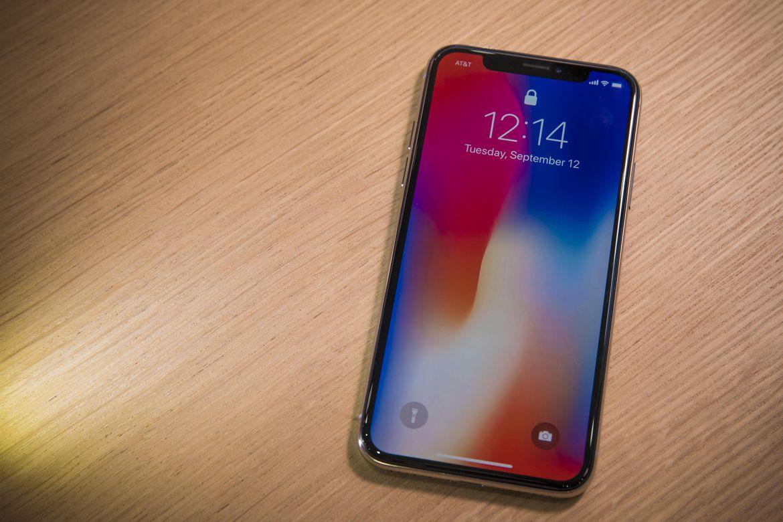 Điện thoại Iphone X mượt mà