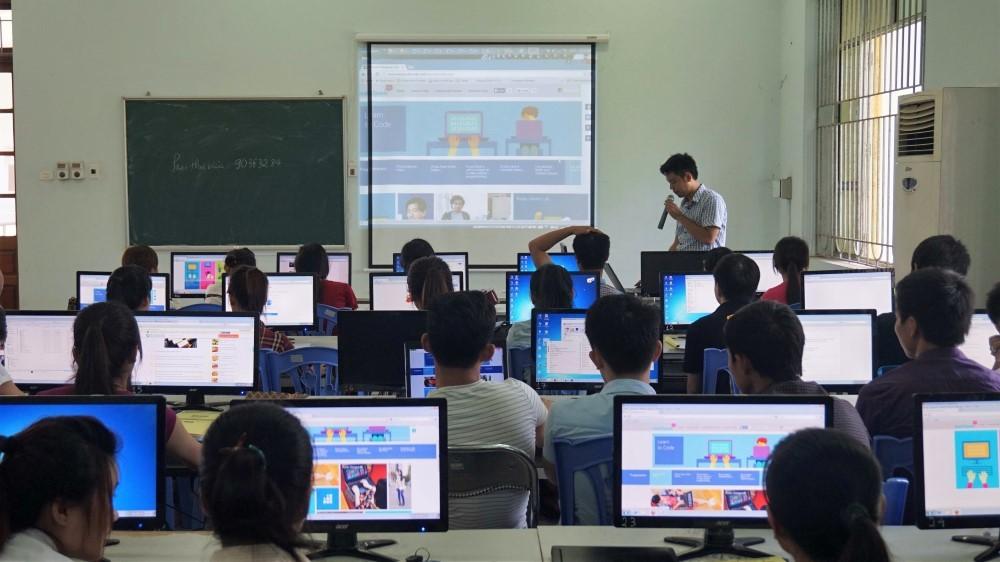 Ngành Công nghệ thông tin học những môn gì?